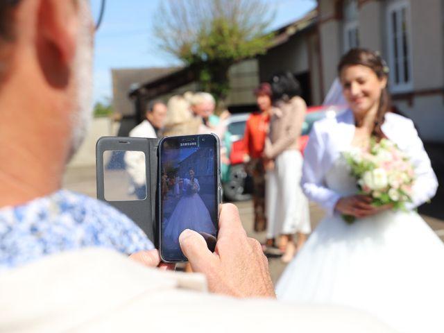 Le mariage de Aurélien et Pauline à Santeuil, Eure-et-Loir 38