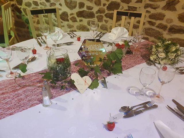 Le mariage de Alexandre et Marine à Saint-Privat, Corrèze 7