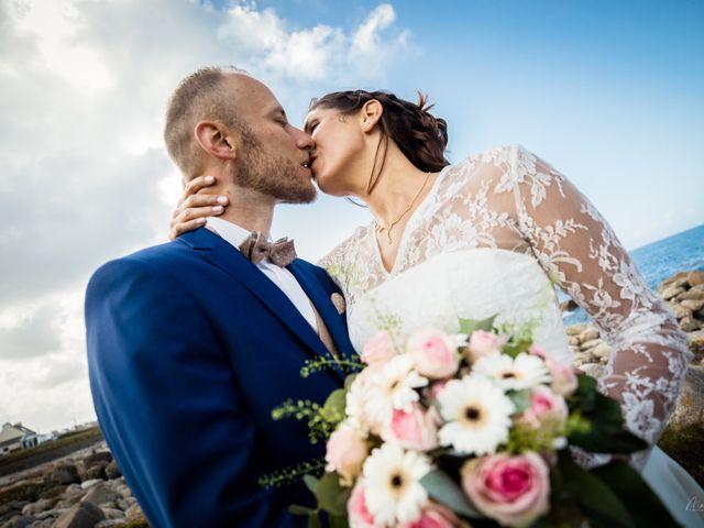 Le mariage de Anthony et Tiphaine à Plougonvelin, Finistère 13