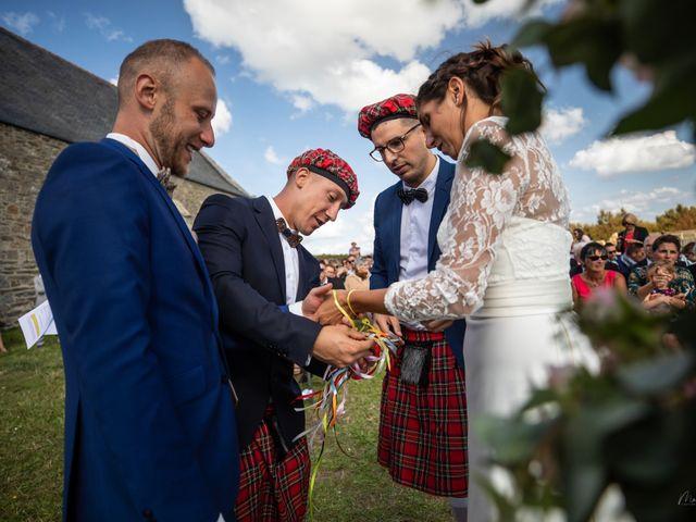 Le mariage de Anthony et Tiphaine à Plougonvelin, Finistère 34