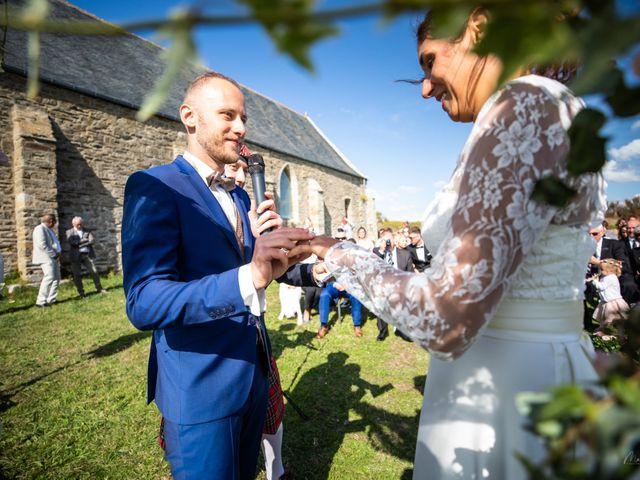 Le mariage de Anthony et Tiphaine à Plougonvelin, Finistère 42