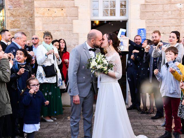 Le mariage de Chloé et Julien à Saint-Apollinaire, Côte d'Or 32
