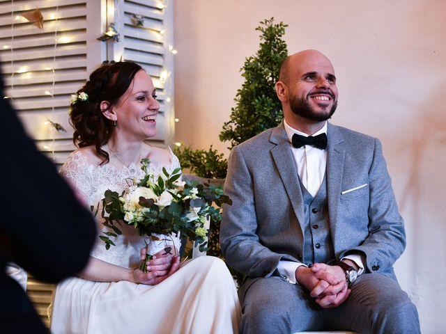 Le mariage de Chloé et Julien à Saint-Apollinaire, Côte d'Or 35