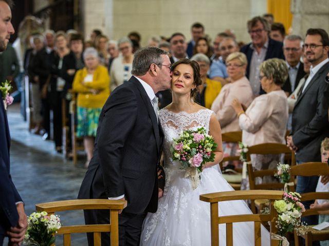 Le mariage de Valentin et Aurélie à Ecques, Pas-de-Calais 28