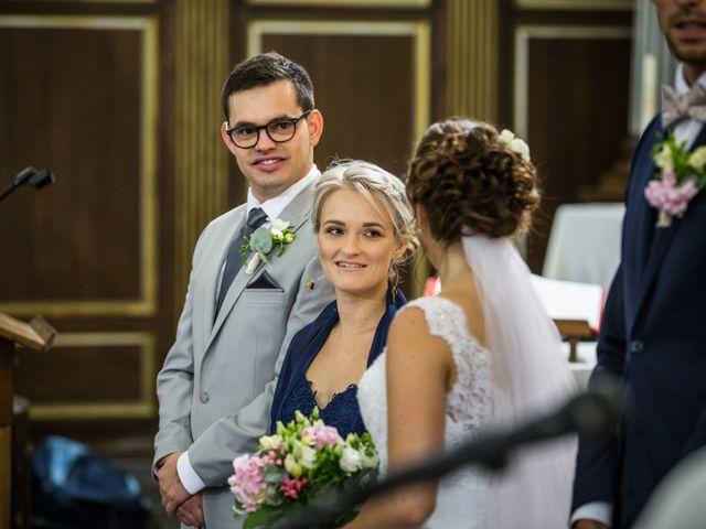 Le mariage de Valentin et Aurélie à Ecques, Pas-de-Calais 32