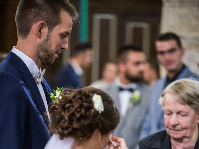 Le mariage de Valentin et Aurélie à Ecques, Pas-de-Calais 36