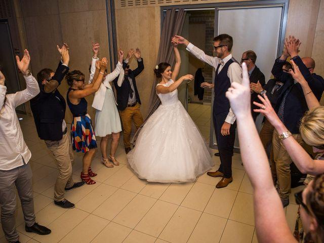 Le mariage de Valentin et Aurélie à Ecques, Pas-de-Calais 54