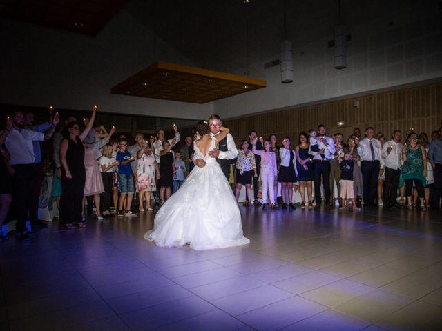 Le mariage de Valentin et Aurélie à Ecques, Pas-de-Calais 59