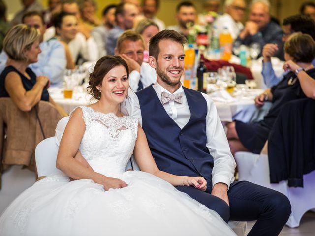 Le mariage de Valentin et Aurélie à Ecques, Pas-de-Calais 65