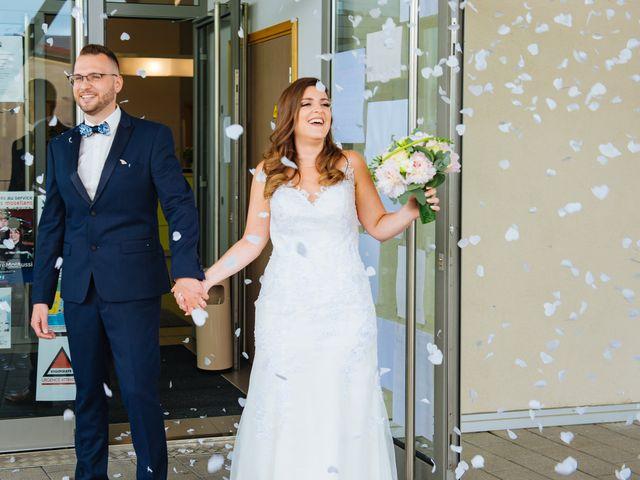 Le mariage de Benoit et Marianna à Woustviller, Moselle 22
