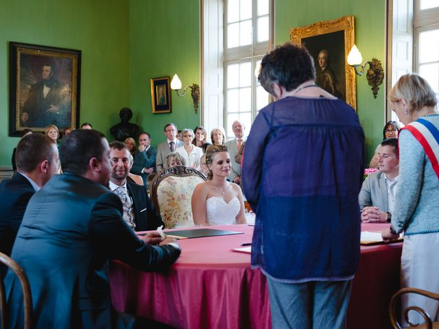 Le mariage de Pierre et Anne Laura à Hanches, Eure-et-Loir 17