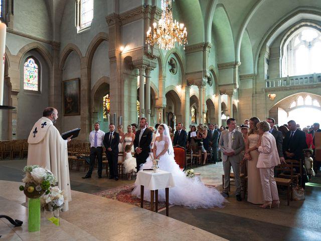 Le mariage de Pierre et Anne Laura à Hanches, Eure-et-Loir 27