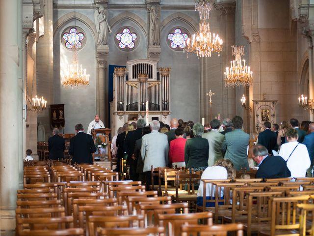 Le mariage de Pierre et Anne Laura à Hanches, Eure-et-Loir 29