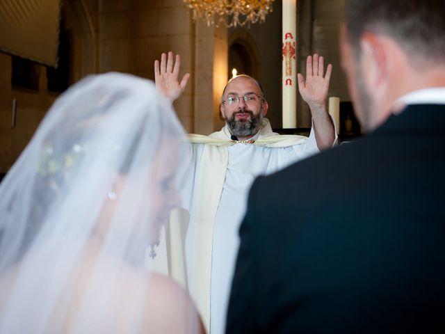 Le mariage de Pierre et Anne Laura à Hanches, Eure-et-Loir 31