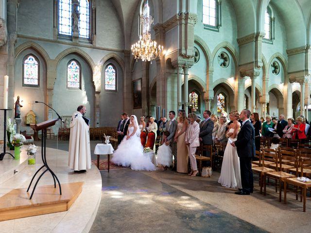 Le mariage de Pierre et Anne Laura à Hanches, Eure-et-Loir 32