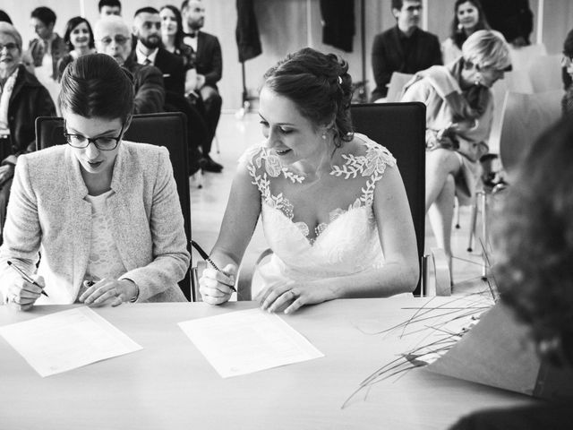 Le mariage de Amélie et Blandine à Chaville, Hauts-de-Seine 15