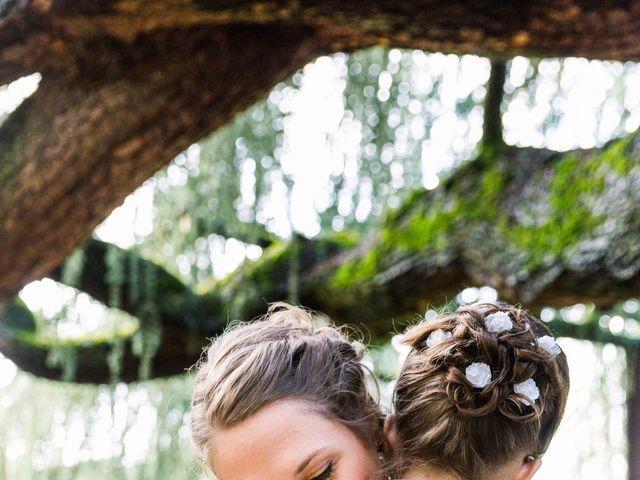 Le mariage de Amélie et Blandine à Chaville, Hauts-de-Seine 24
