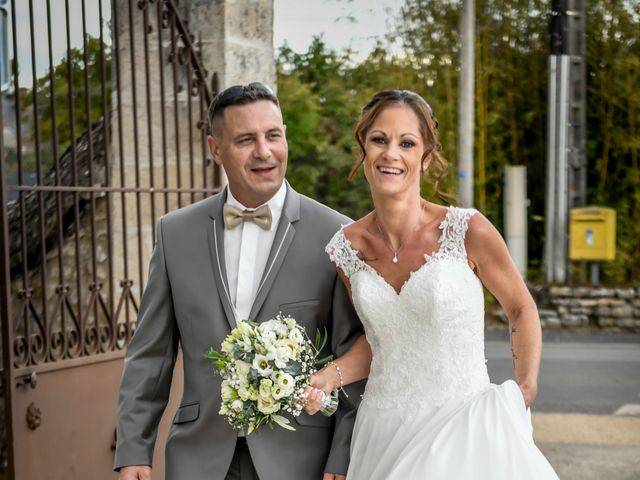 Le mariage de Sébastien et Cindy à Cherves, Vienne 19