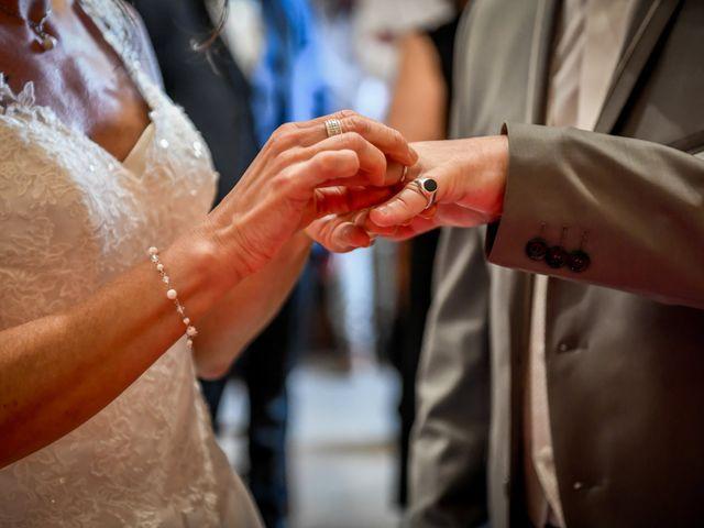 Le mariage de Sébastien et Cindy à Cherves, Vienne 25