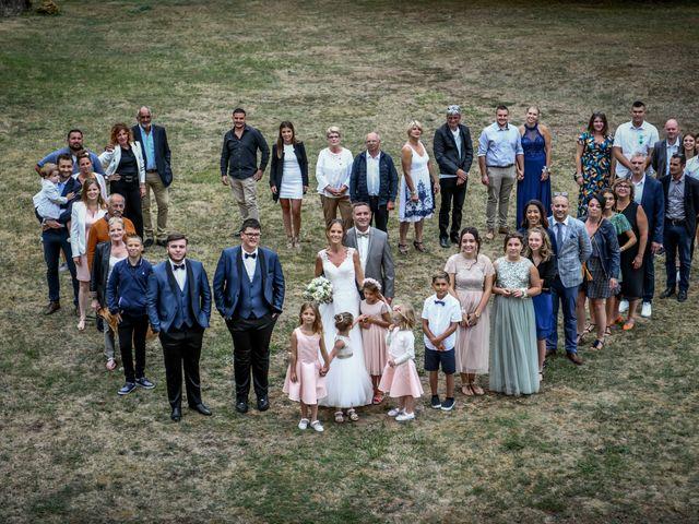 Le mariage de Sébastien et Cindy à Cherves, Vienne 28