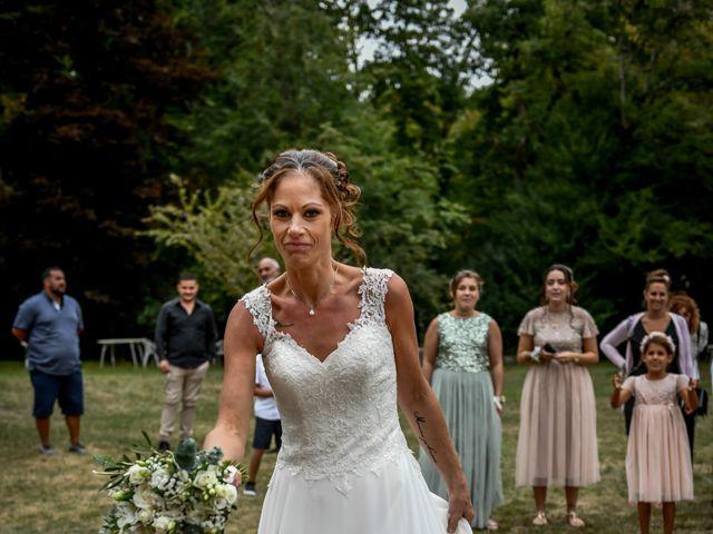 Le mariage de Sébastien et Cindy à Cherves, Vienne 29