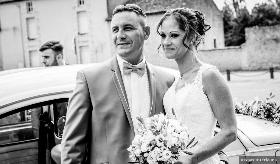 Le mariage de Sébastien et Cindy à Cherves, Vienne