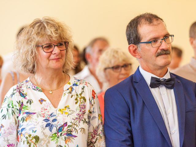 Le mariage de Julien et Morgane à Servian, Hérault 54