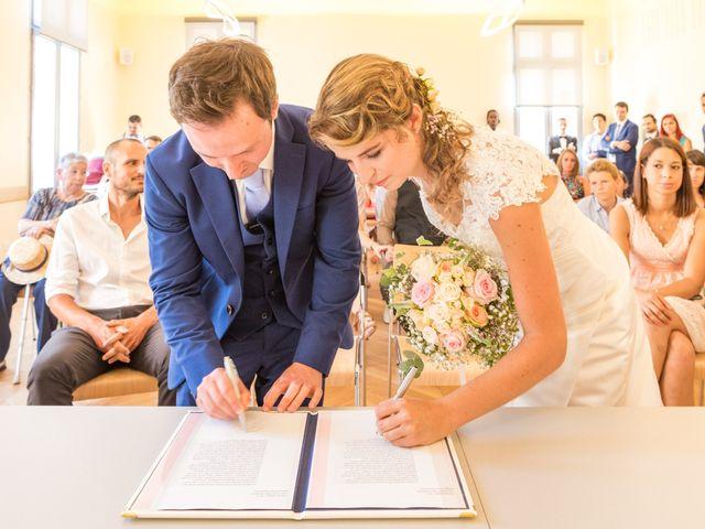 Le mariage de Julien et Morgane à Servian, Hérault 60