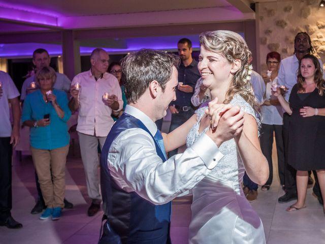 Le mariage de Julien et Morgane à Servian, Hérault 90