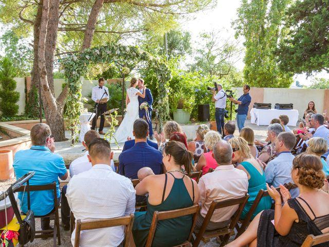 Le mariage de Julien et Morgane à Servian, Hérault 69