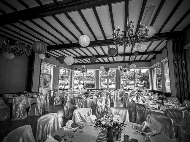 Le mariage de Philippe et Céline à Thury-Harcourt, Calvados 83