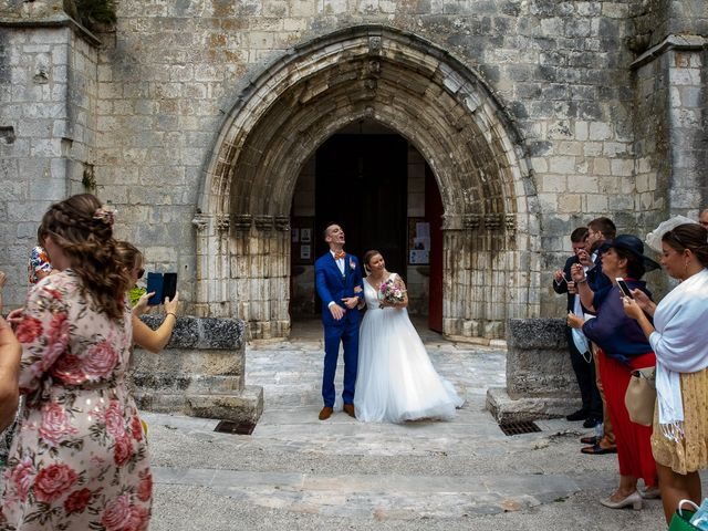 Le mariage de Rémy et Laure à Angoulême, Charente 40