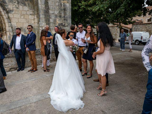 Le mariage de Rémy et Laure à Angoulême, Charente 45