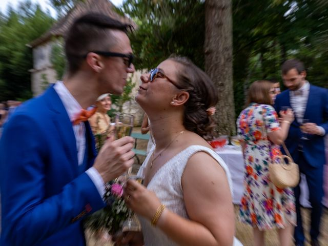 Le mariage de Rémy et Laure à Angoulême, Charente 57