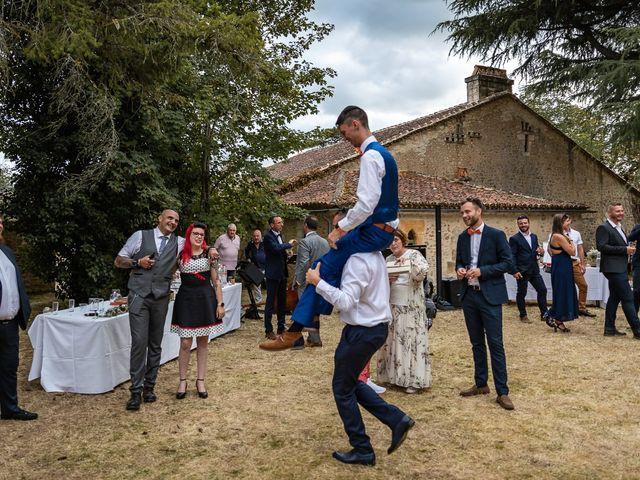 Le mariage de Rémy et Laure à Angoulême, Charente 66
