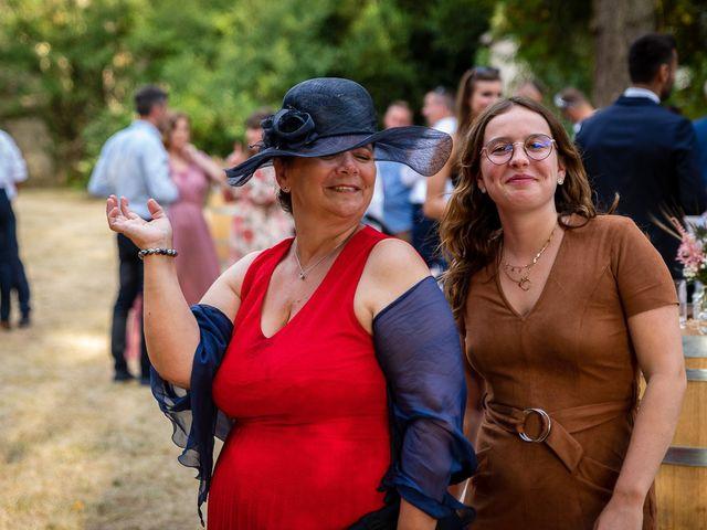 Le mariage de Rémy et Laure à Angoulême, Charente 68