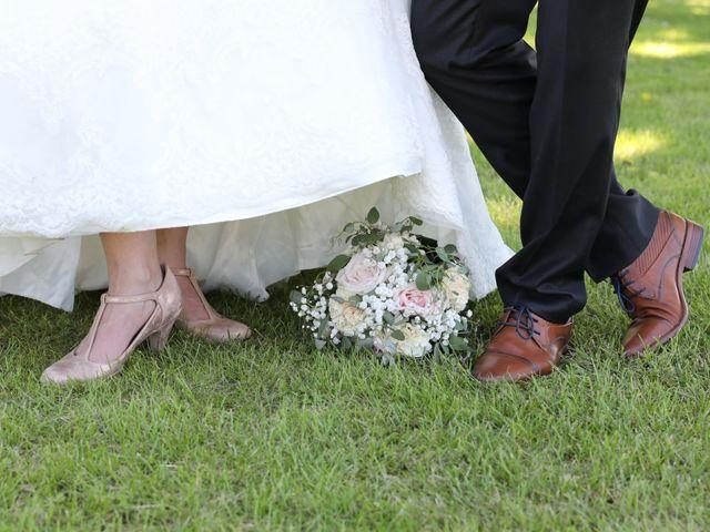 Le mariage de Manu et Aude à Doix, Vendée 3