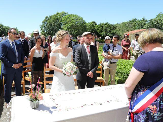 Le mariage de Manu et Aude à Doix, Vendée 6