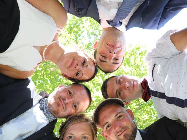 Le mariage de Manu et Aude à Doix, Vendée 17