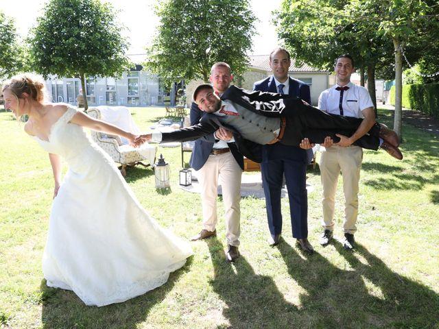 Le mariage de Manu et Aude à Doix, Vendée 18
