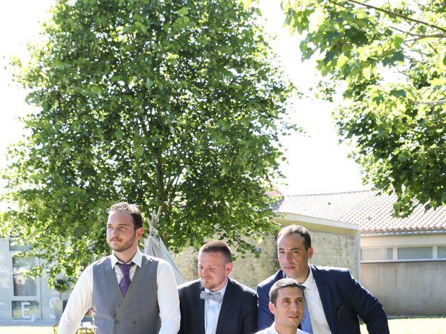 Le mariage de Manu et Aude à Doix, Vendée 19