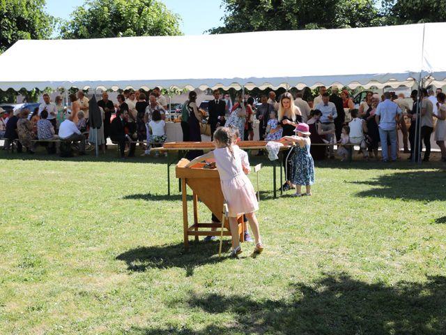 Le mariage de Manu et Aude à Doix, Vendée 26