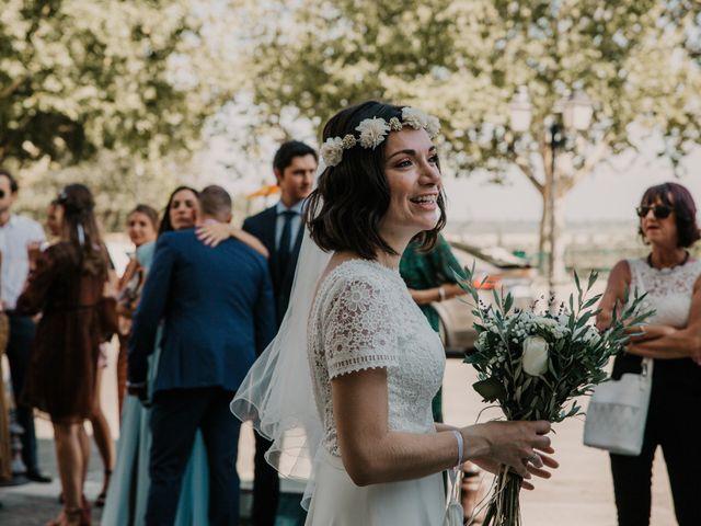Le mariage de Damien et Camille à Saint-Gilles, Gard 24
