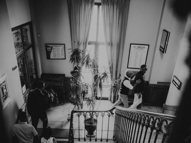 Le mariage de Damien et Camille à Saint-Gilles, Gard 30