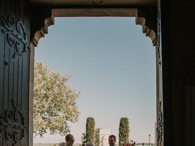 Le mariage de Damien et Camille à Saint-Gilles, Gard 31