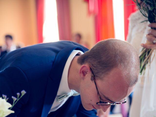 Le mariage de Damien et Camille à Saint-Gilles, Gard 42
