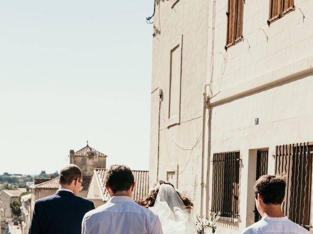 Le mariage de Damien et Camille à Saint-Gilles, Gard 54