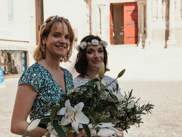 Le mariage de Damien et Camille à Saint-Gilles, Gard 67