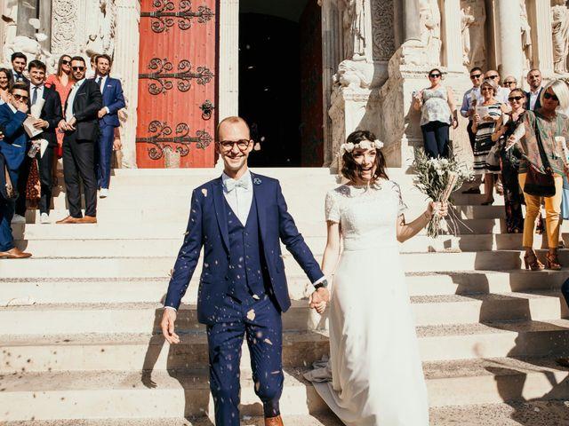 Le mariage de Damien et Camille à Saint-Gilles, Gard 112