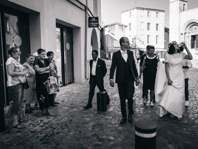 Le mariage de Damien et Camille à Saint-Gilles, Gard 115